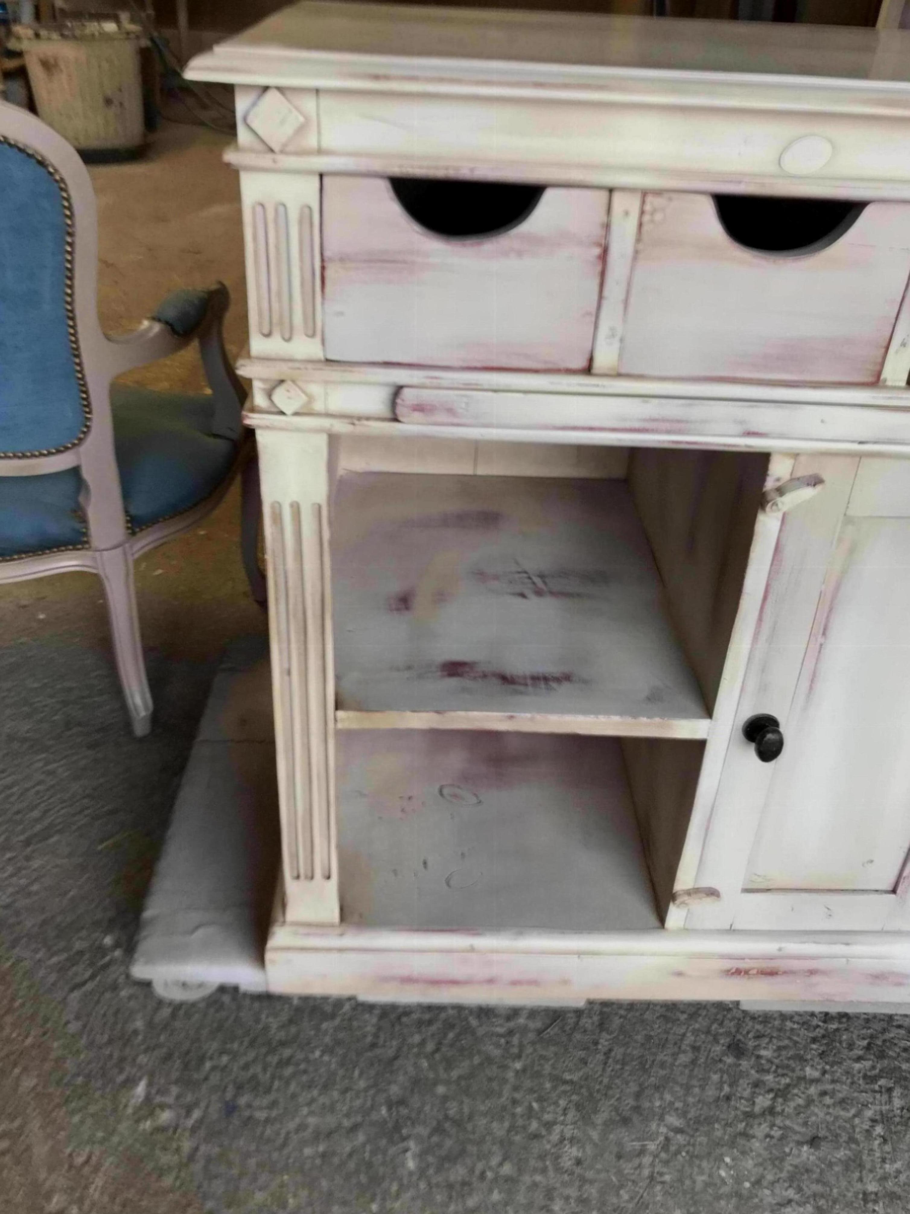 r alisations petits meubles parfaits relooker lambesc. Black Bedroom Furniture Sets. Home Design Ideas