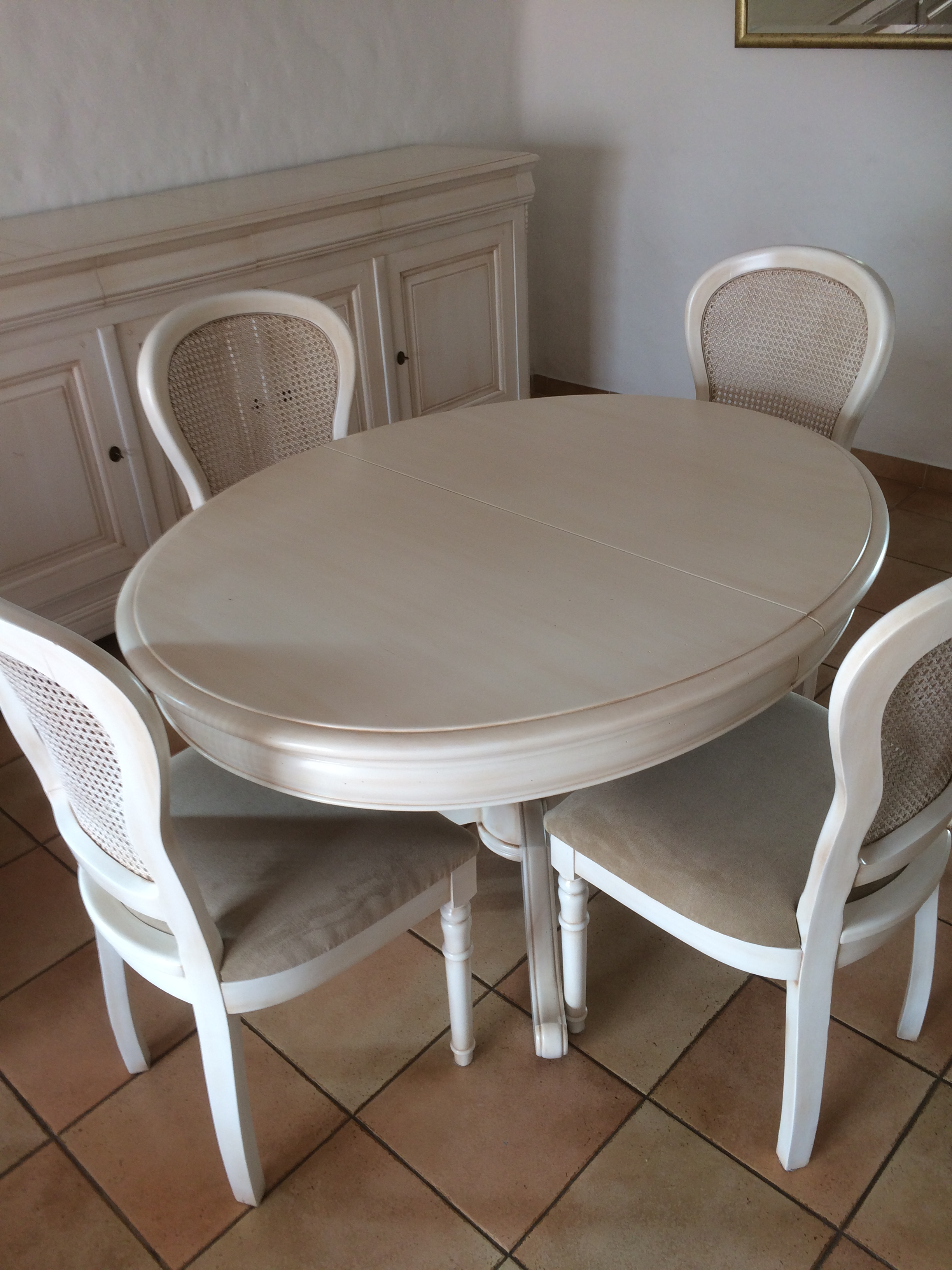 R alisations salle manger louis philippe carry le rouet for Chaise de salle a manger louis philippe