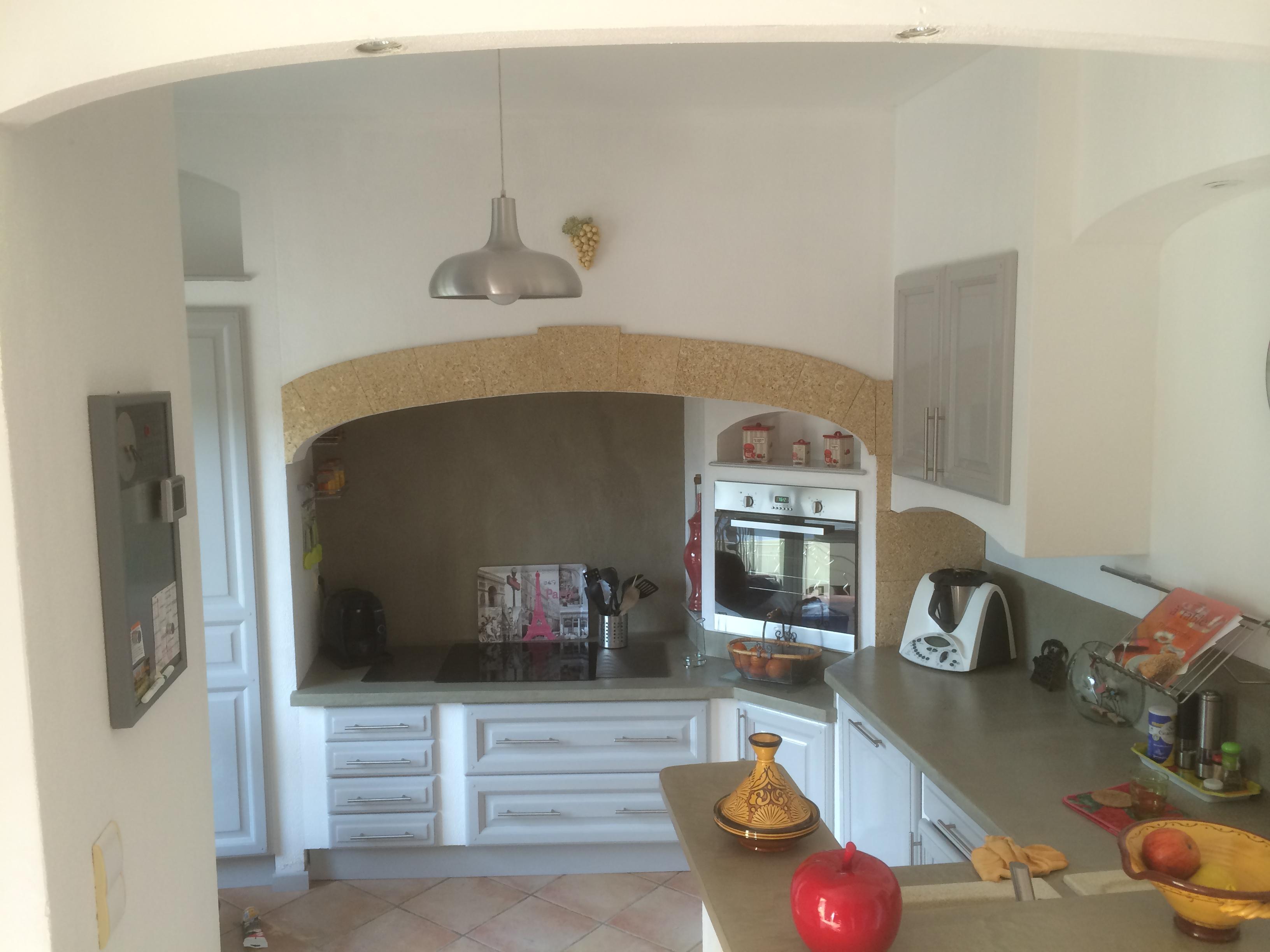 r alisations moderniser une cuisine en ch ne en cuisine laqu e p lissanne. Black Bedroom Furniture Sets. Home Design Ideas