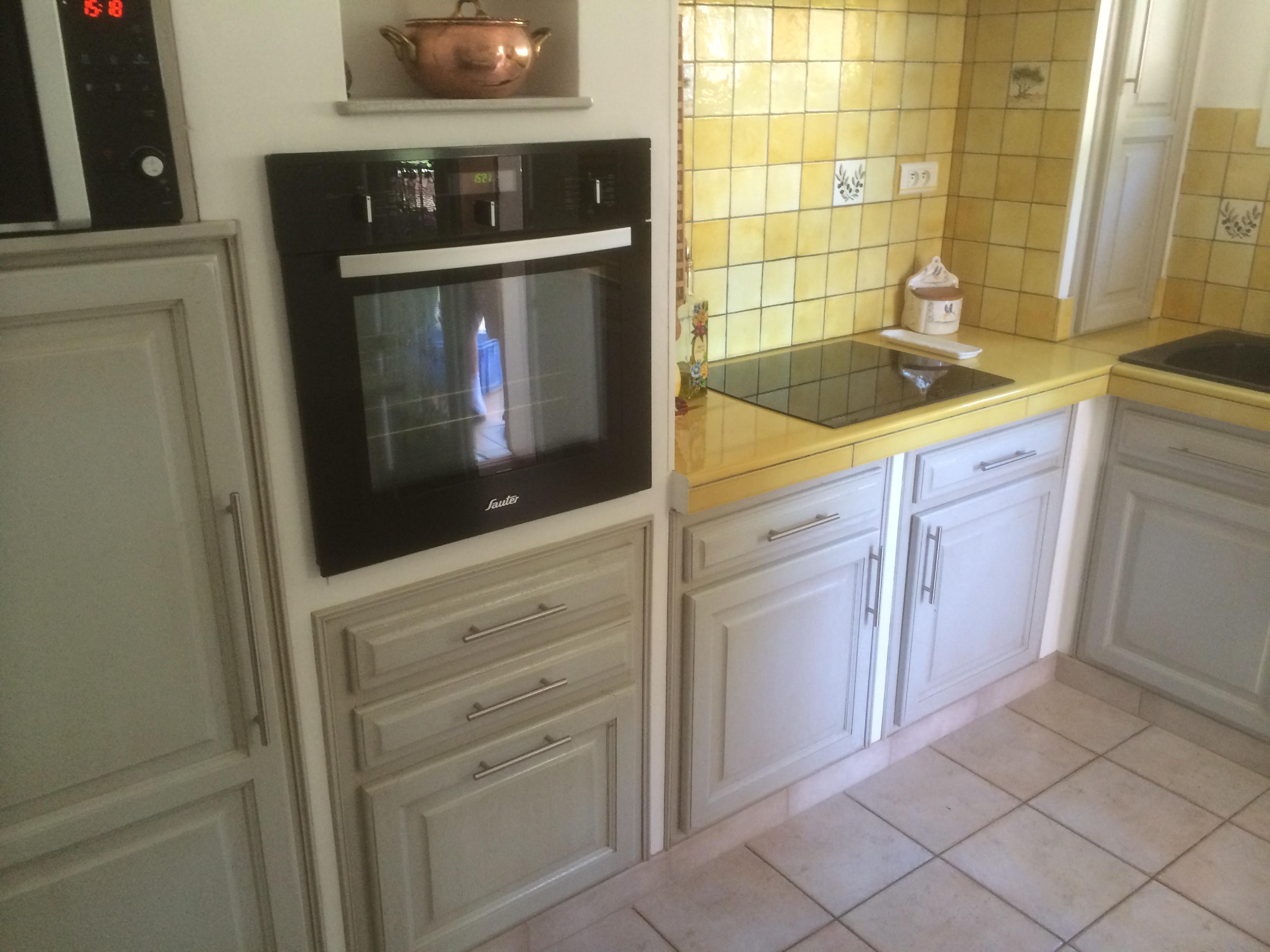 R alisations repeindre une cuisine en ch ne ventabren - Repeindre une cuisine en chene ...