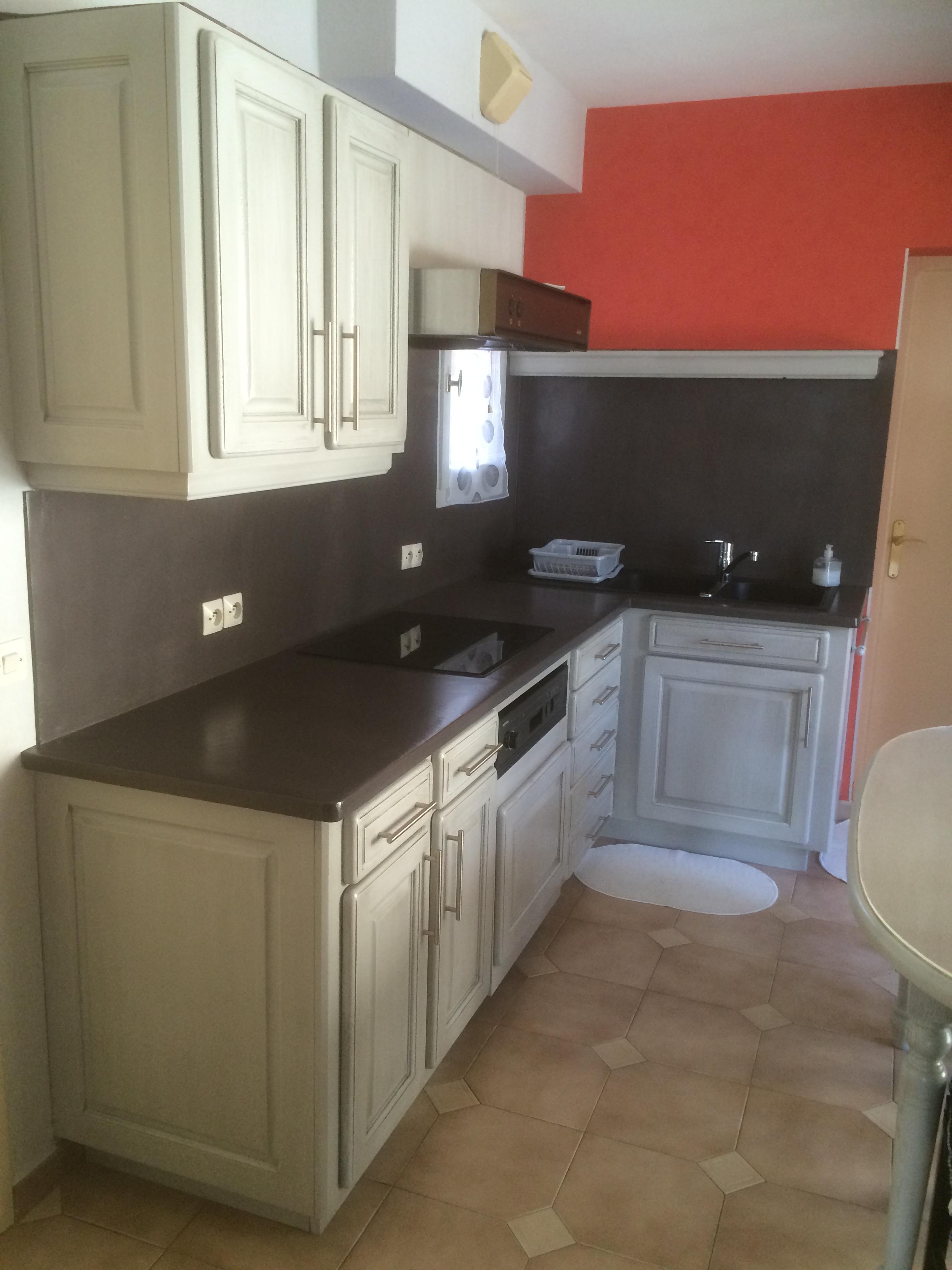 r alisations relooking d 39 une cuisine en ch ne avec r novation du plan de travail n mes. Black Bedroom Furniture Sets. Home Design Ideas