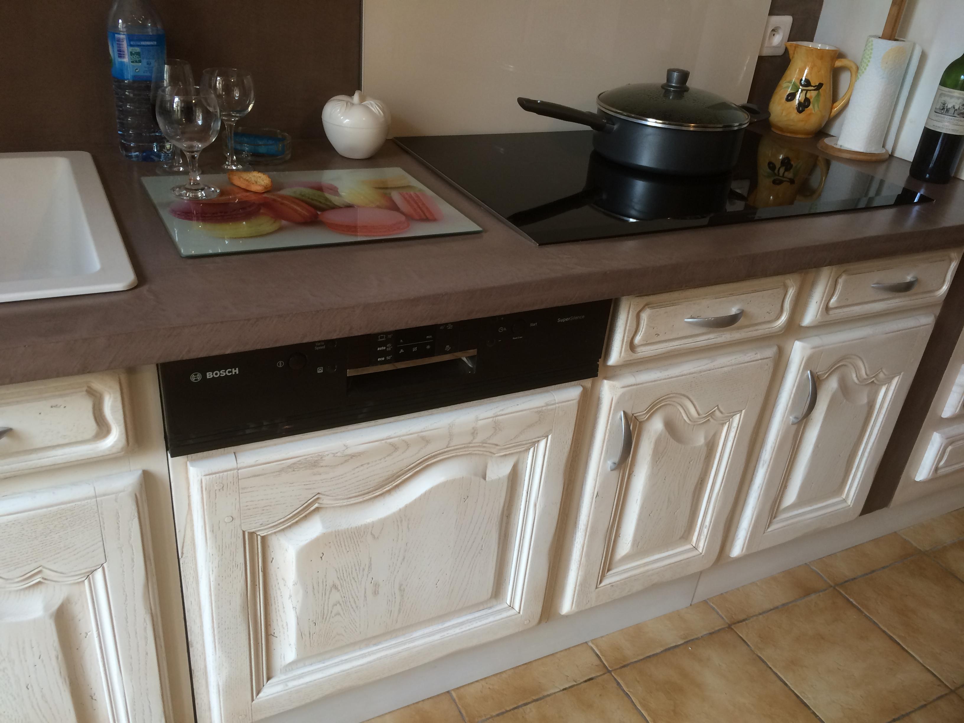 r alisations relookage et transformation d 39 une cuisine en bois fonc salon de provence. Black Bedroom Furniture Sets. Home Design Ideas