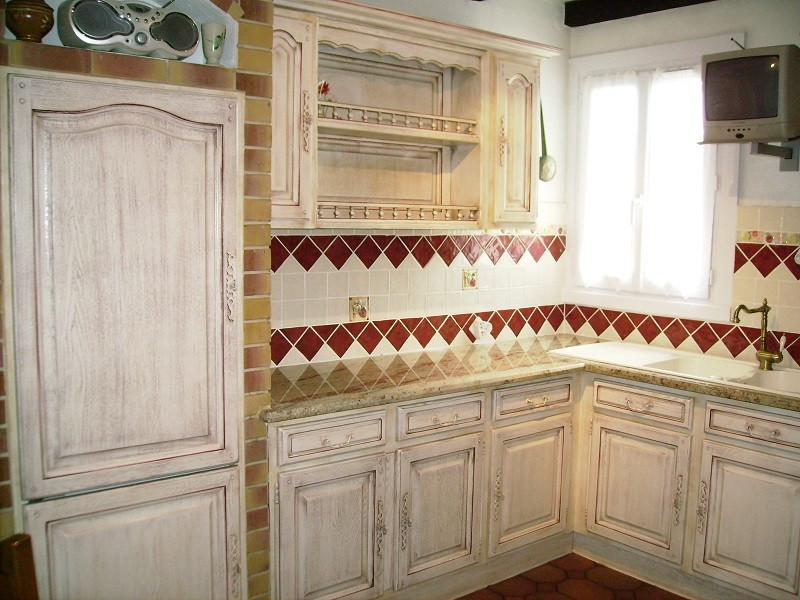 R alisations transformation radicale pour une cuisine en - Repeindre une cuisine en bois massif ...